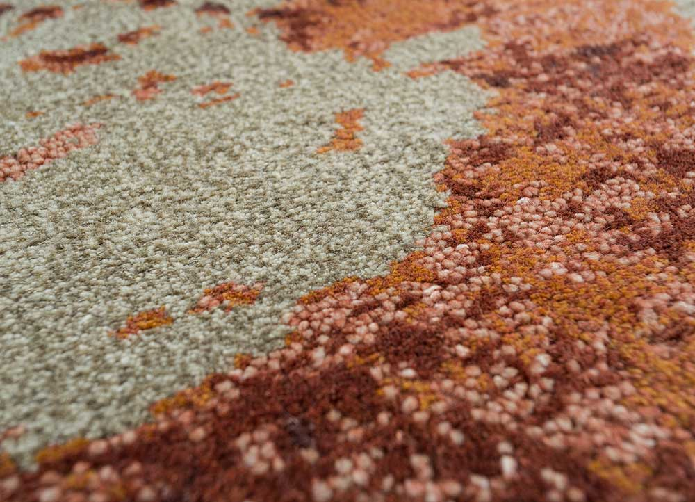esme gold wool and bamboo silk hand knotted Rug - CloseUp