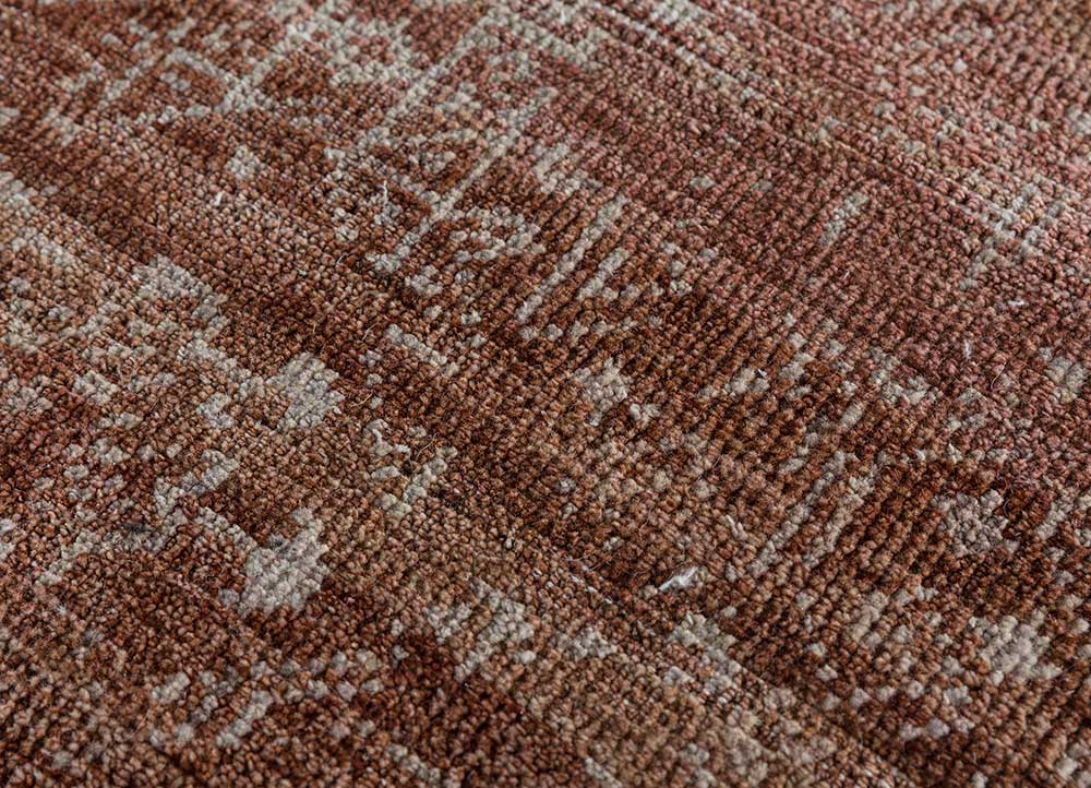 viscaya red and orange wool hand knotted Rug - CloseUp