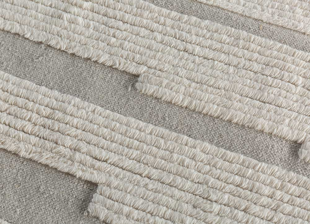 geode grey and black wool hand knotted Rug - CloseUp