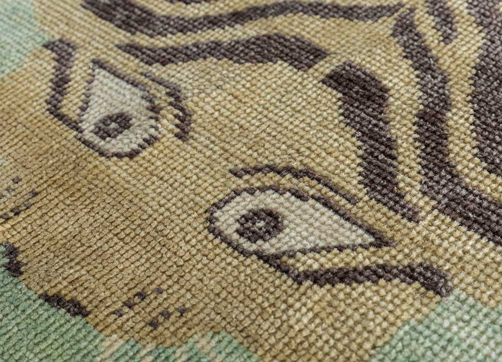 revolution green wool hand knotted Rug - CloseUp