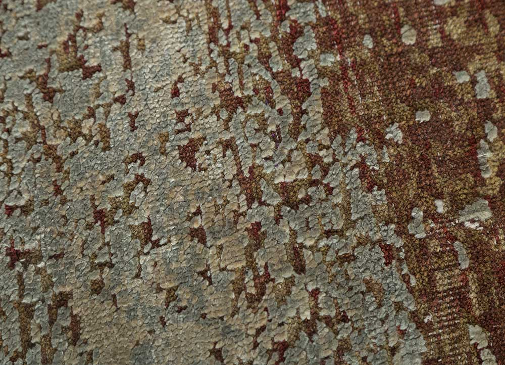 memoir red and orange wool and silk hand knotted Rug - CloseUp