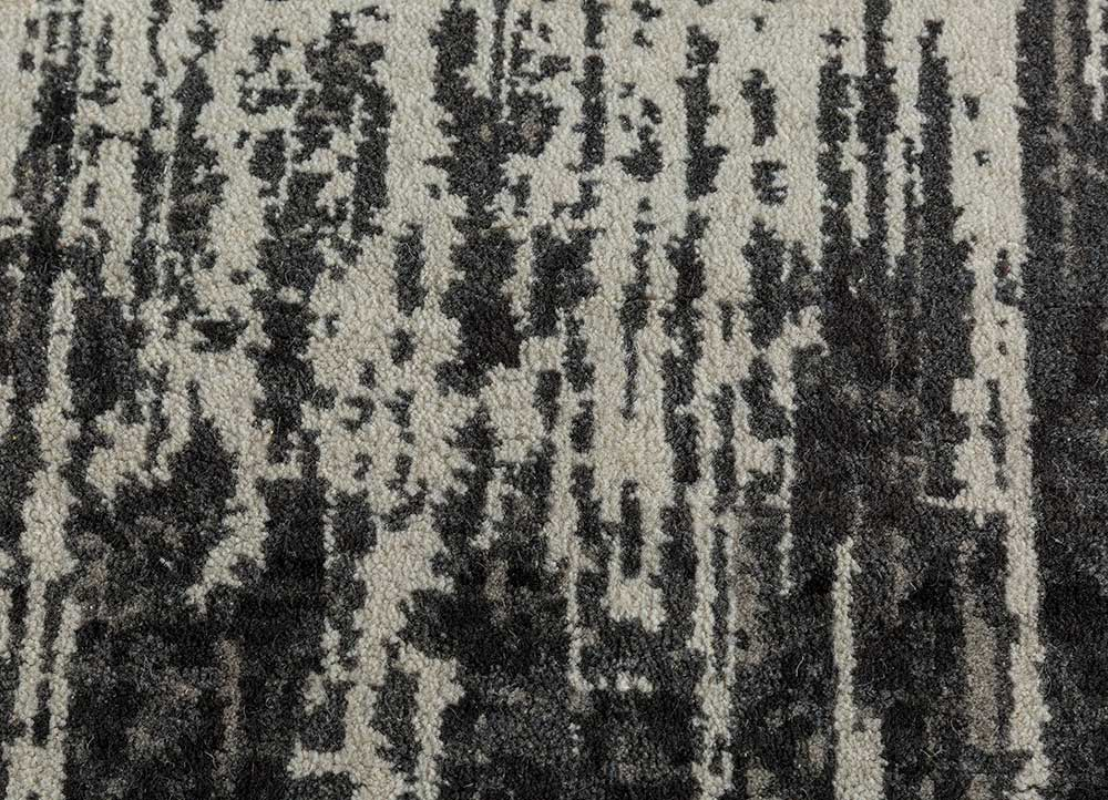 blithe grey and black wool hand knotted Rug - CloseUp