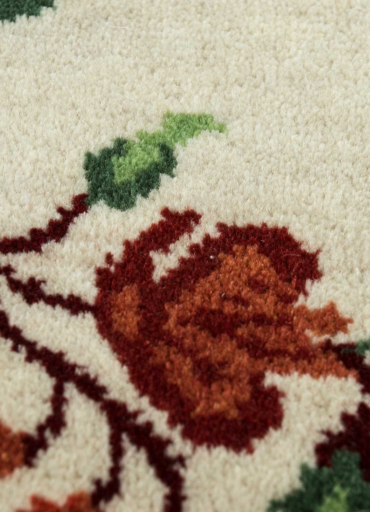 blithe red and orange wool hand knotted Rug - CloseUp