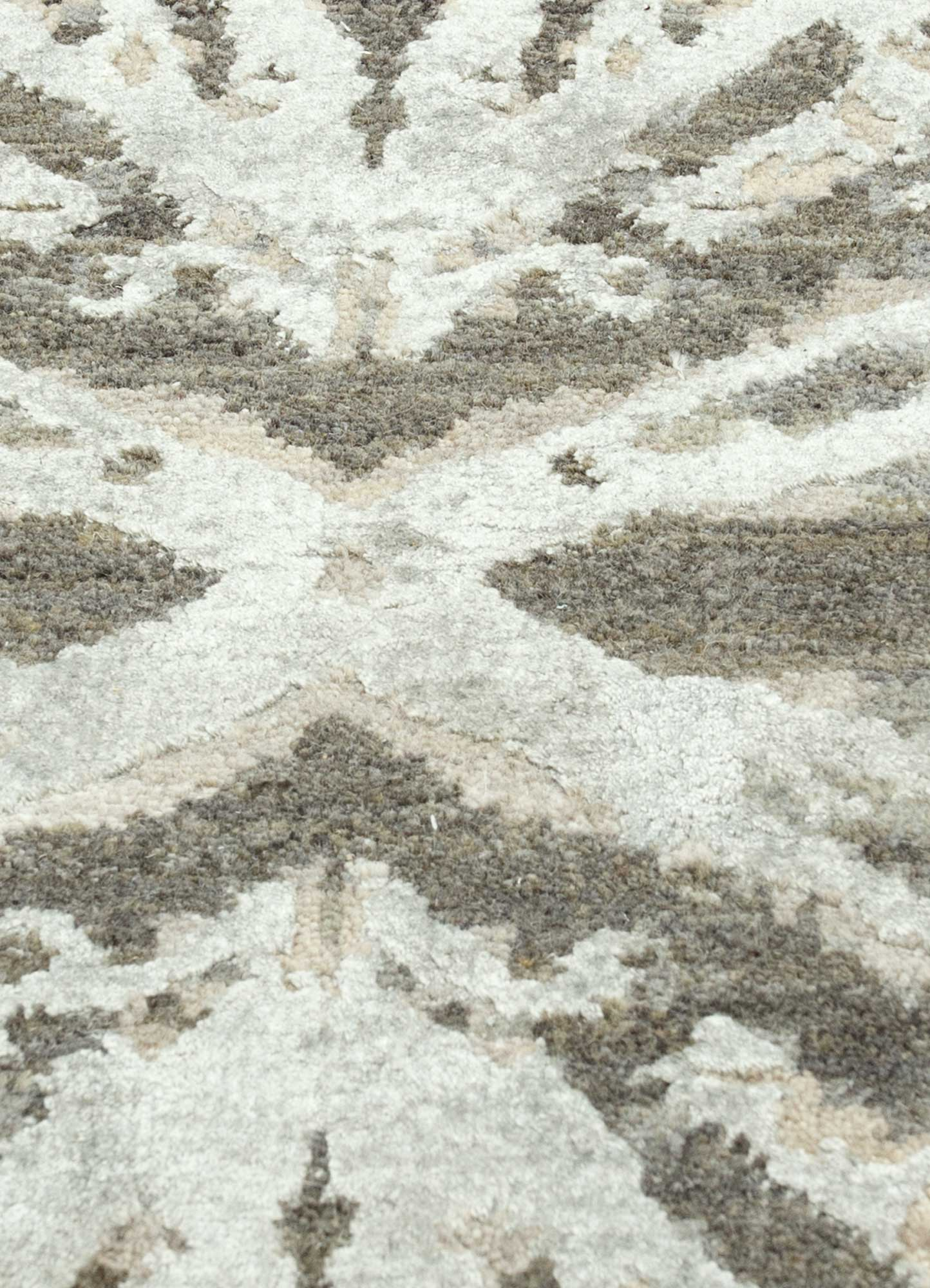 chaos theory by kavi ivory wool and bamboo silk hand knotted Rug - CloseUp