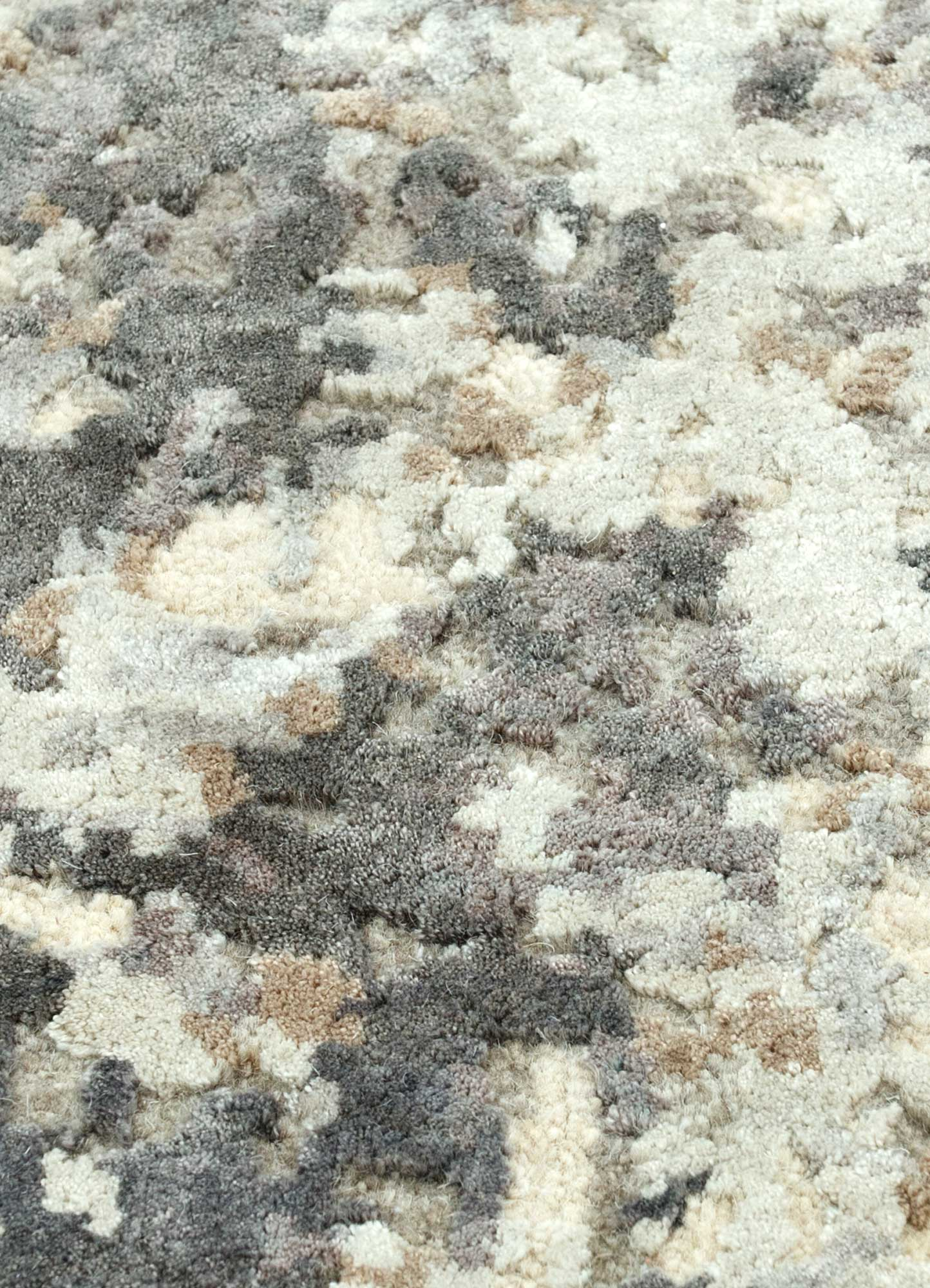 project error by kavi ivory wool and bamboo silk hand knotted Rug - CloseUp