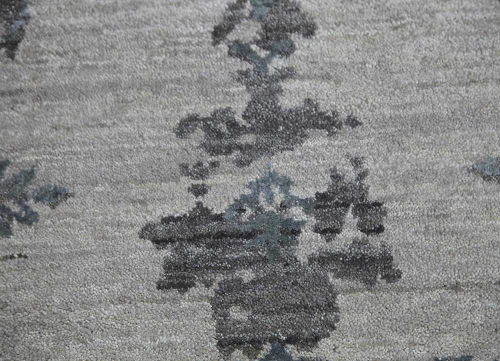 kibrast grey and black wool and viscose hand knotted Rug - CloseUp
