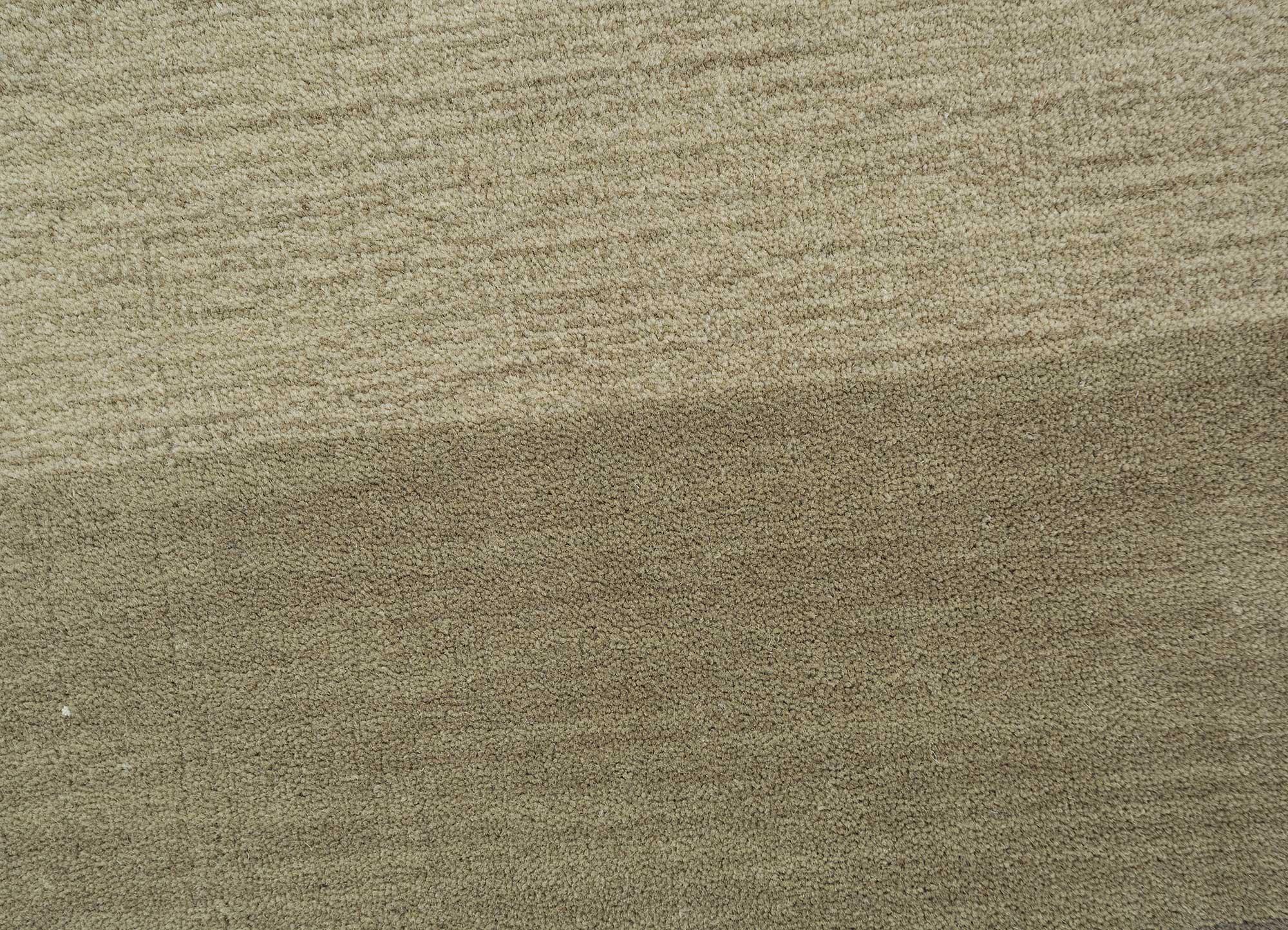 tesoro grey and black wool hand loom Rug - CloseUp