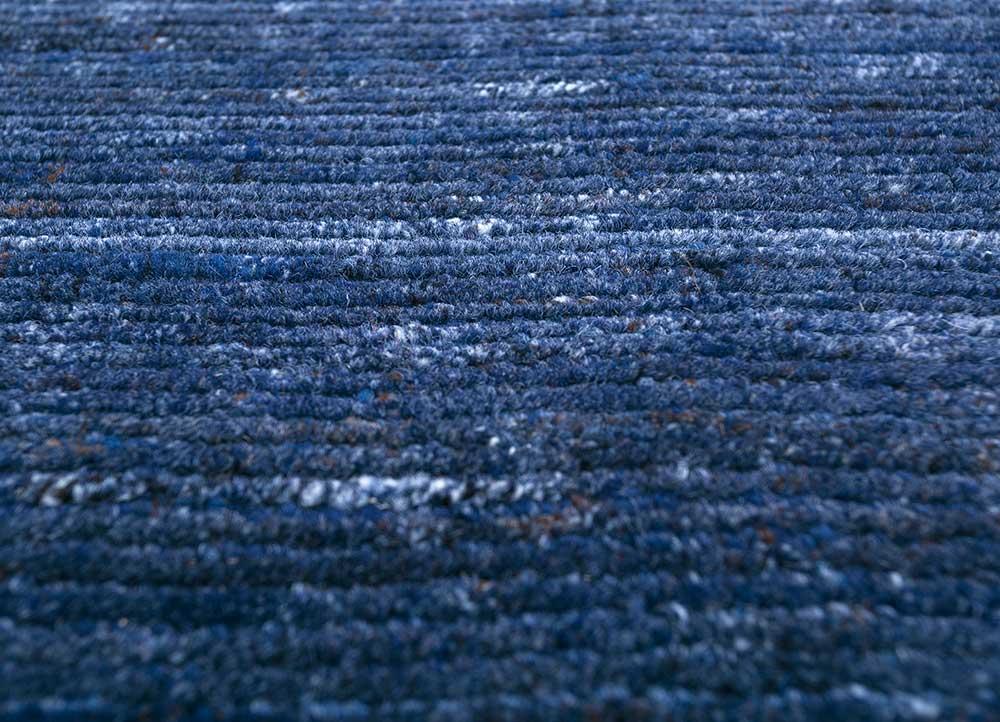 basis blue wool and viscose hand loom Rug - CloseUp
