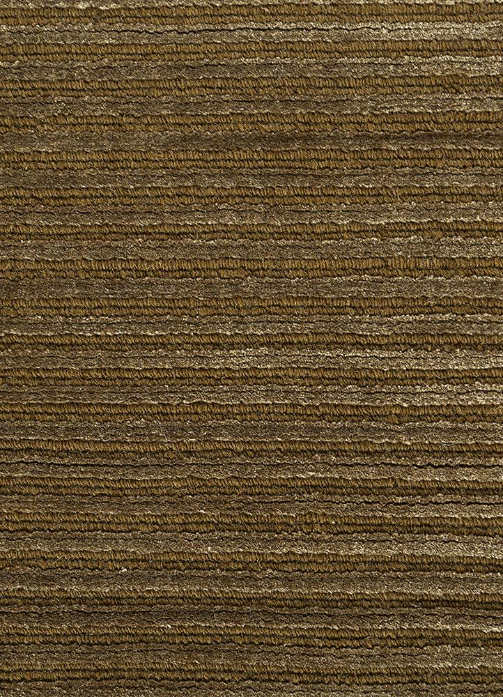 basis gold wool and viscose hand loom Rug - CloseUp