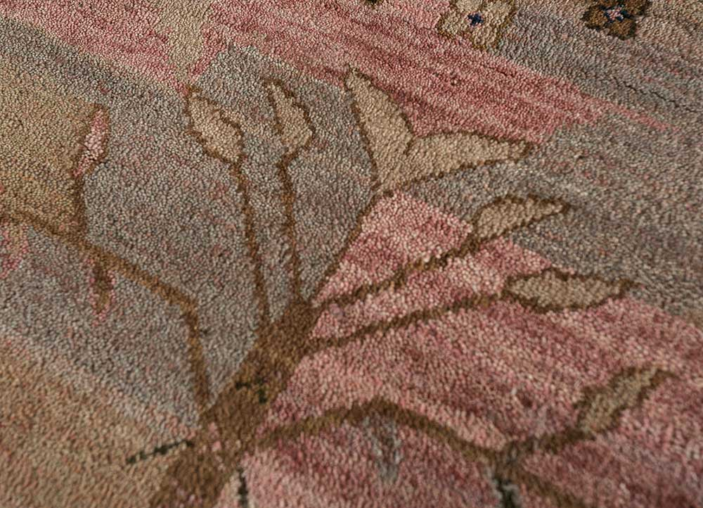 artisan originals red and orange wool hand knotted Rug - CloseUp