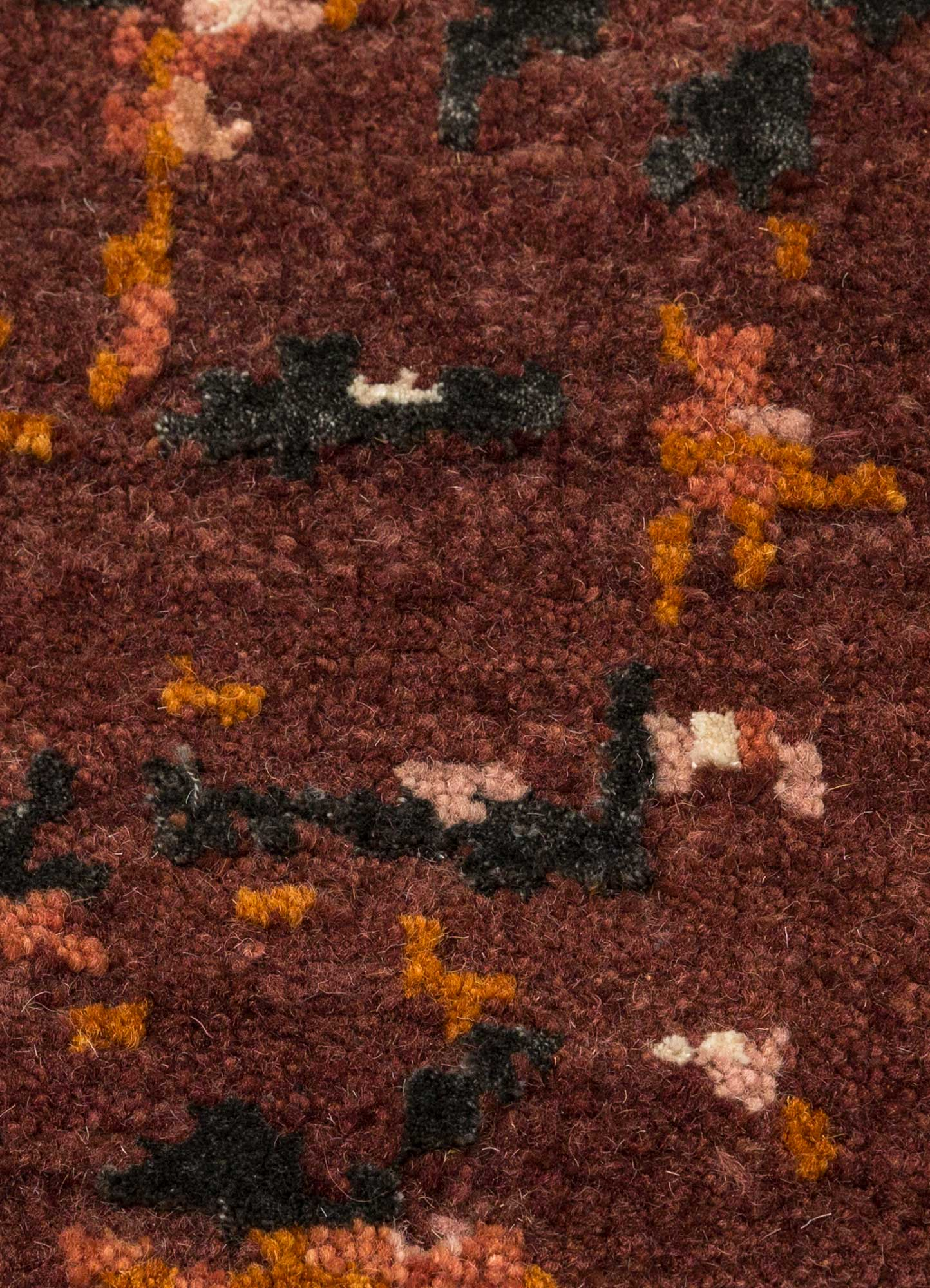 uvenuti red and orange wool and bamboo silk hand knotted Rug - CloseUp