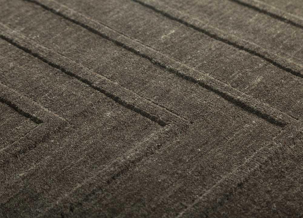 oxford grey and black wool hand loom Rug - CloseUp