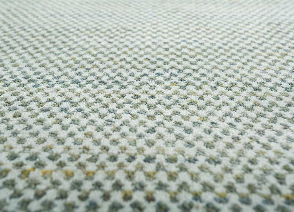 graze green wool hand loom Rug - CloseUp