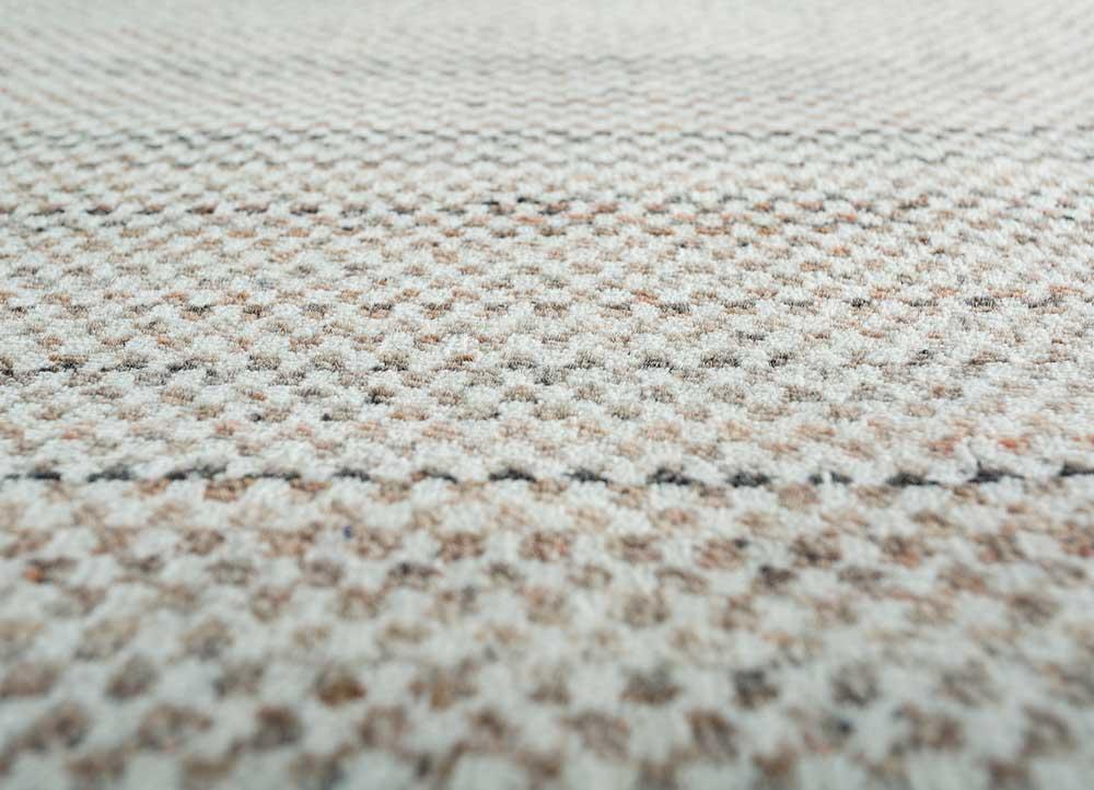 graze red and orange wool hand loom Rug - CloseUp