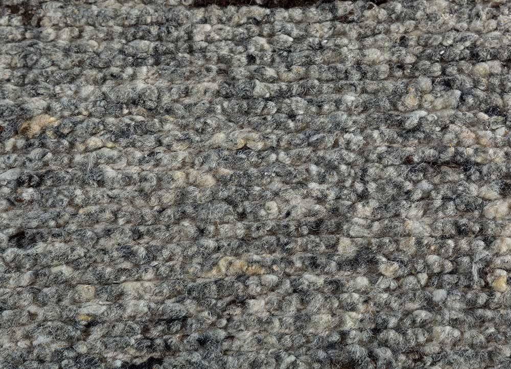 zuri grey and black wool hand knotted Rug - CloseUp