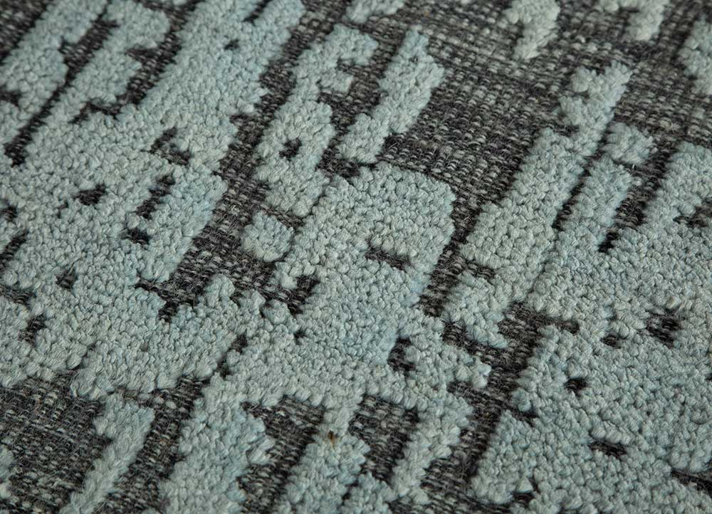 esme grey and black wool hand knotted Rug - CloseUp