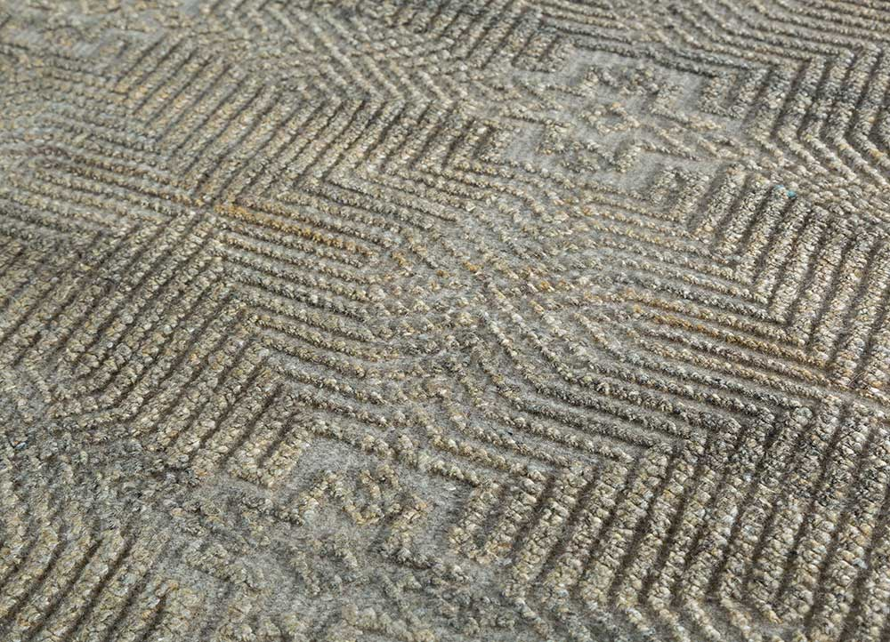 revolution beige and brown wool and viscose hand knotted Rug - CloseUp