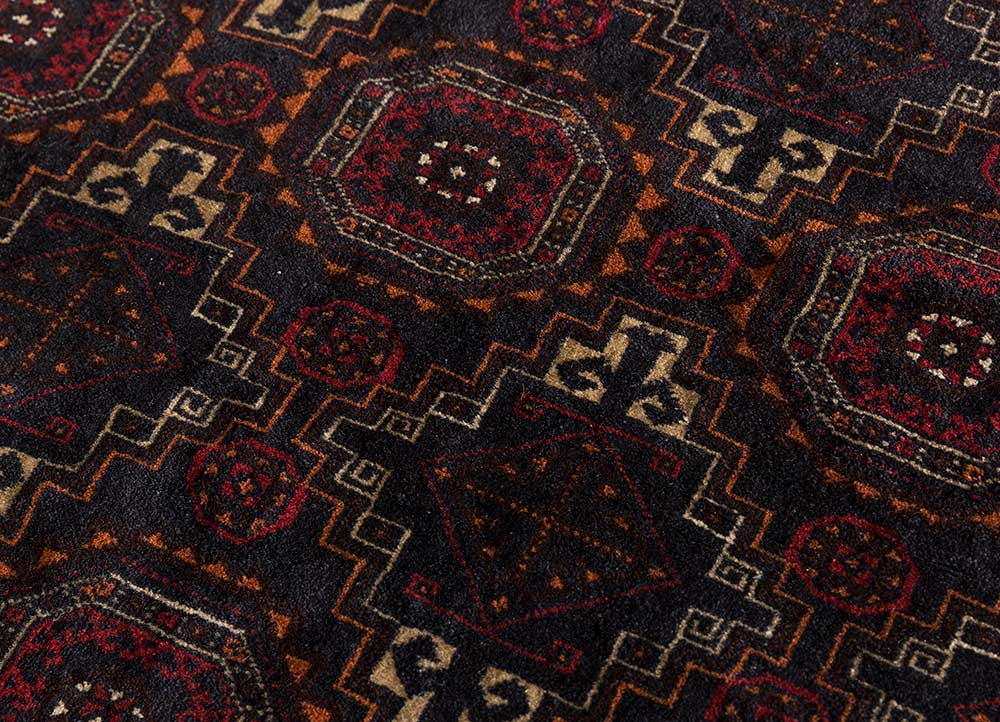 vintage blue wool hand knotted Rug - CloseUp