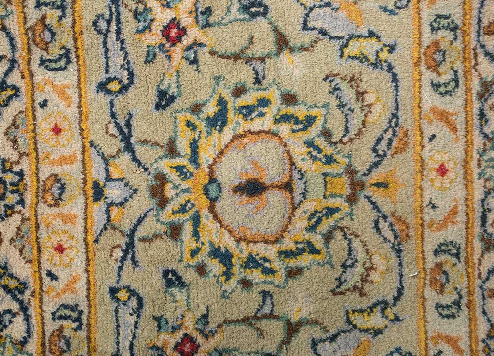antique green wool hand knotted Rug - CloseUp