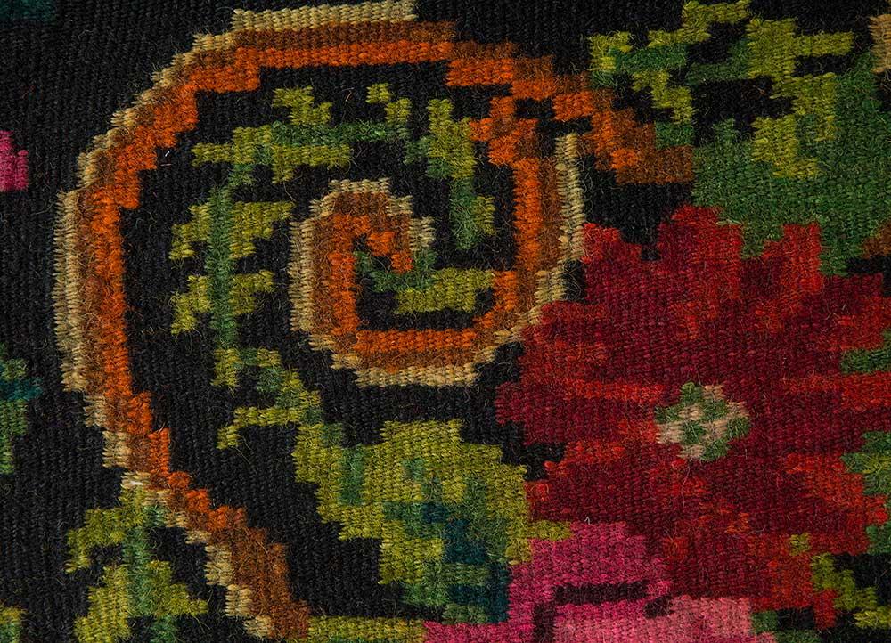 kilim green wool hand knotted Rug - CloseUp