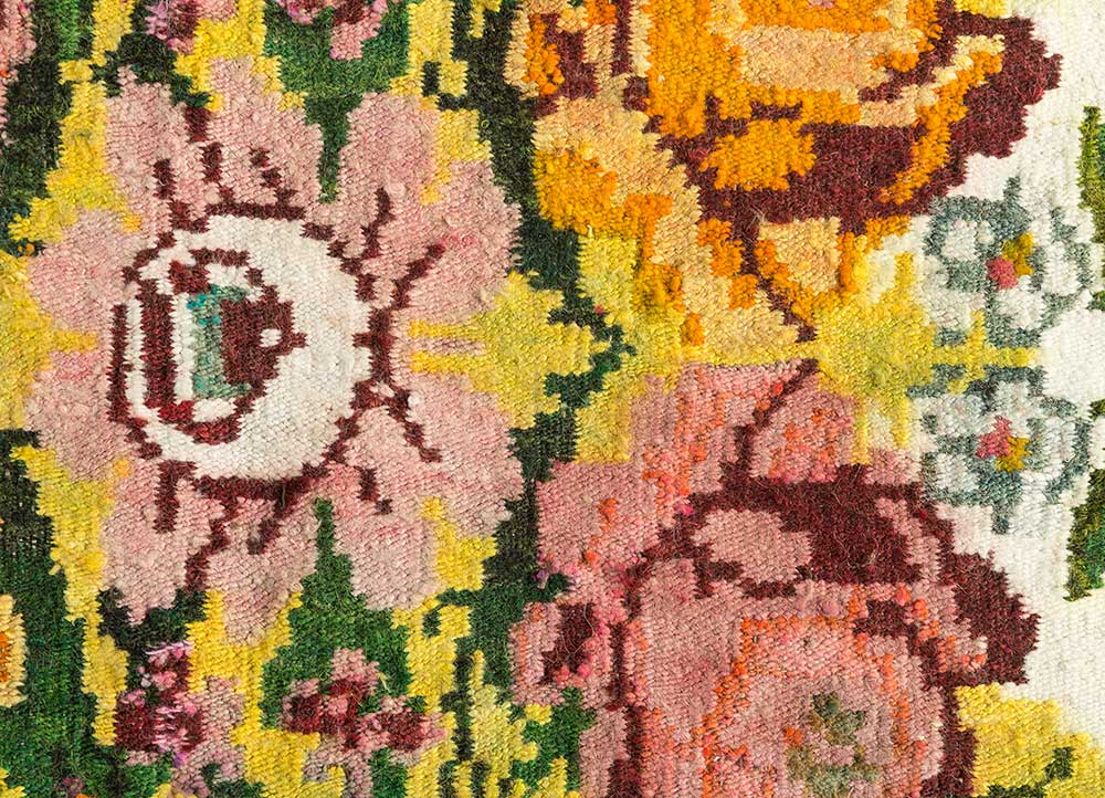 kilim beige and brown wool hand knotted Rug - CloseUp