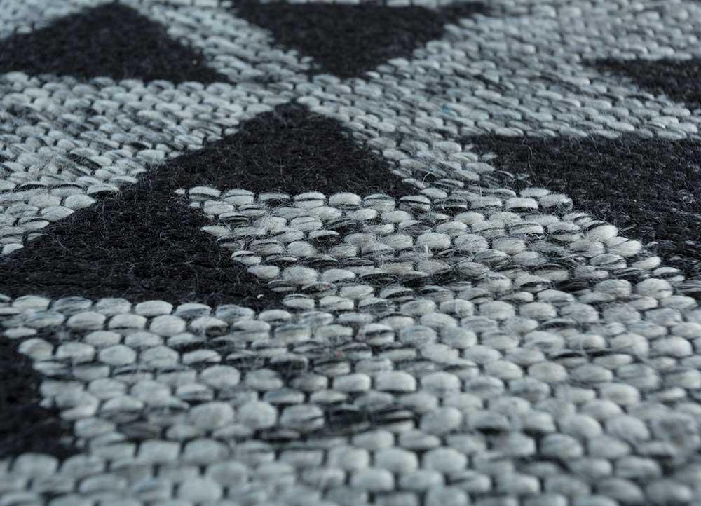 bedouin grey and black wool flat weaves Rug - CloseUp