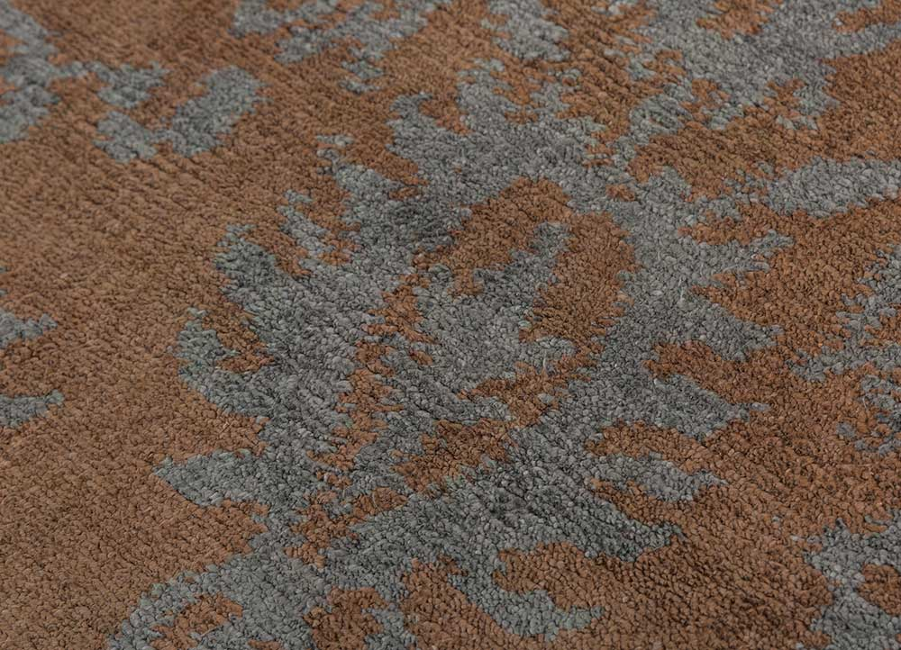 eden beige and brown wool and bamboo silk hand knotted Rug - CloseUp