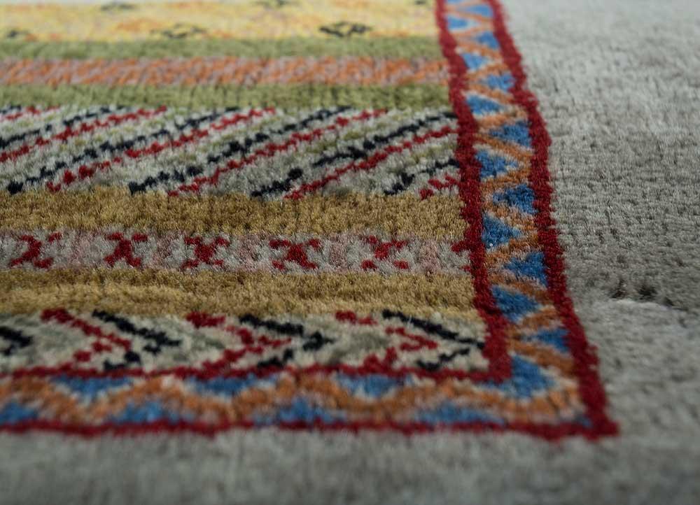 mezcla gold wool hand knotted Rug - CloseUp