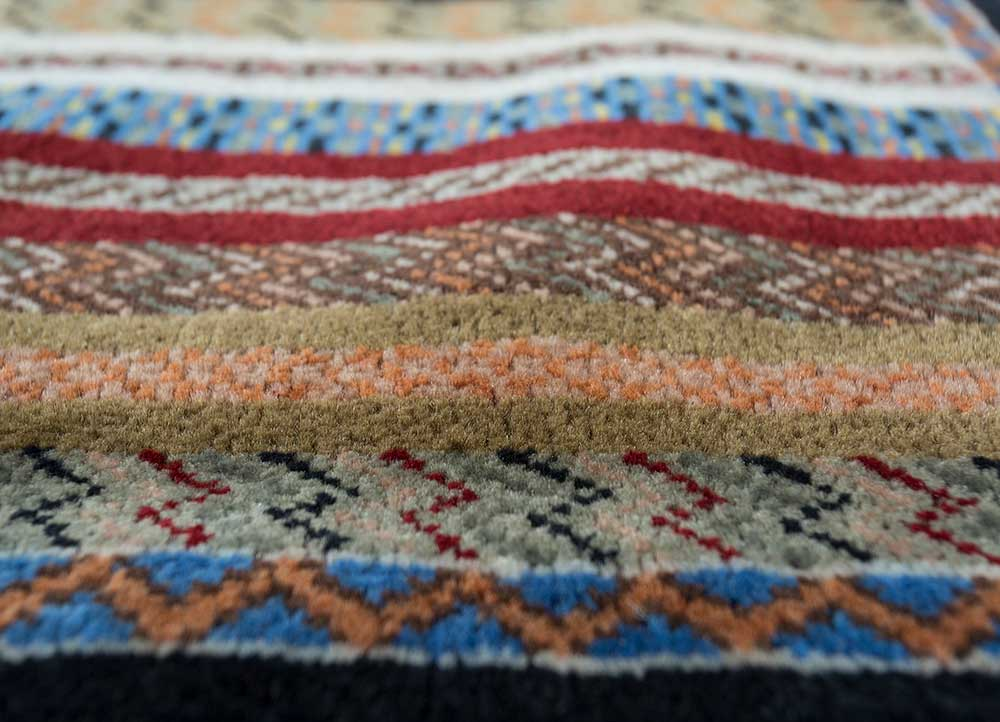 biscyane gold wool hand knotted Rug - CloseUp