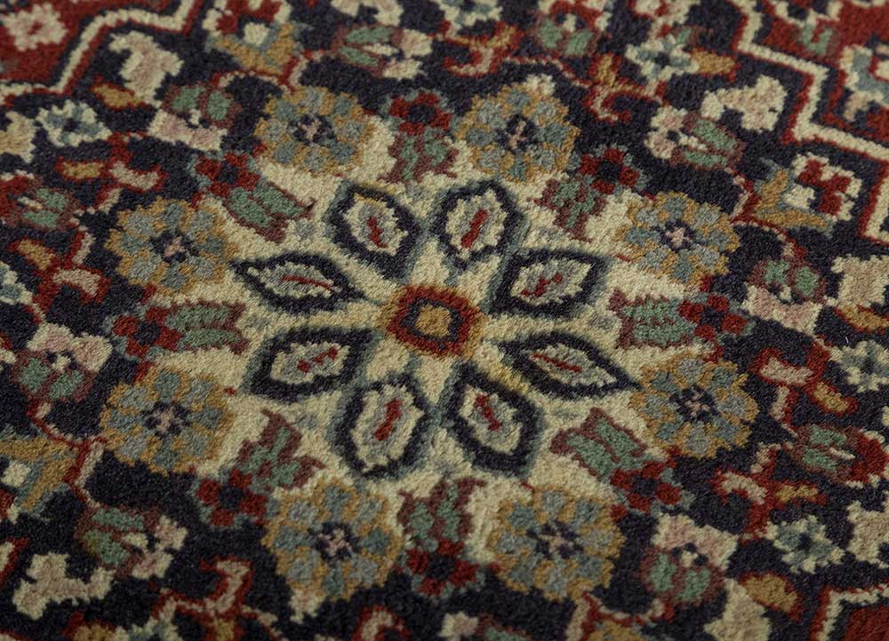 biscayne blue wool hand knotted Rug - CloseUp