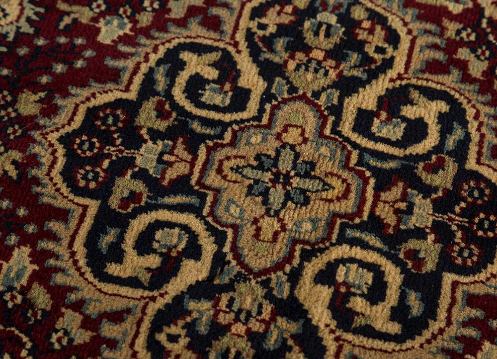 biscayne red and orange wool hand knotted Rug - CloseUp