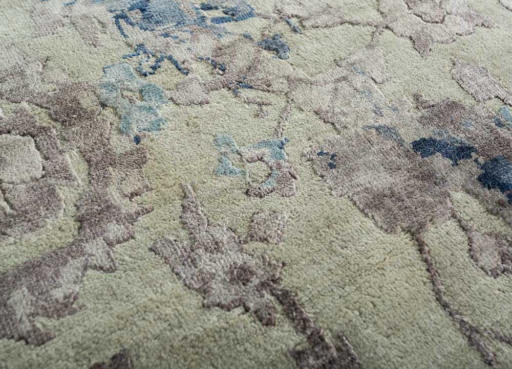 far east ivory wool and viscose hand knotted Rug - CloseUp