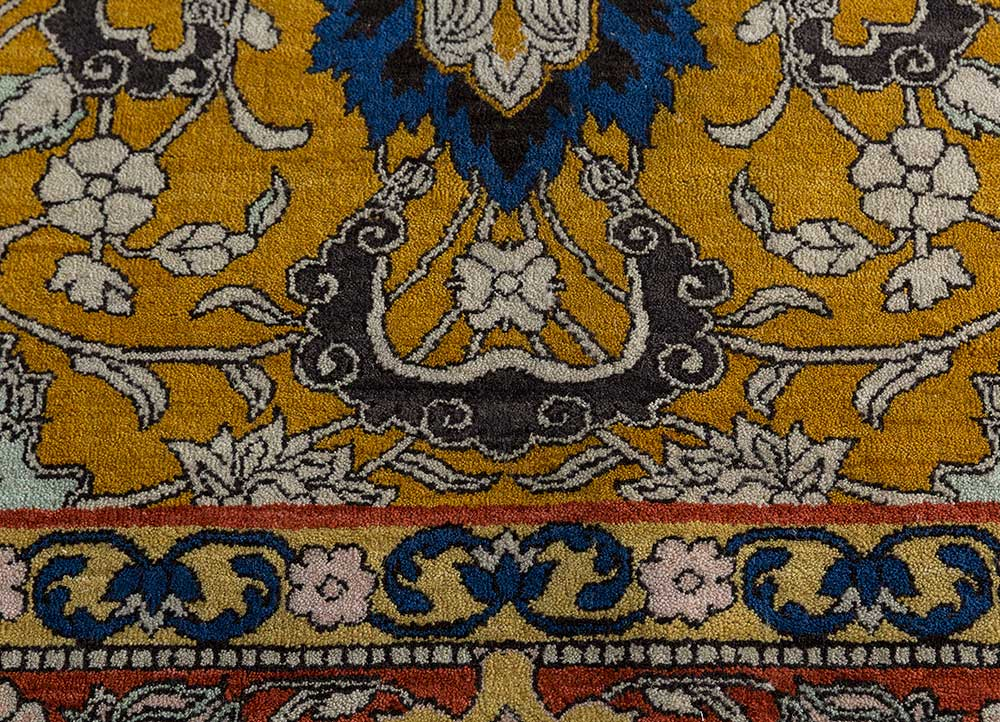 biscayne gold wool hand knotted Rug - CloseUp