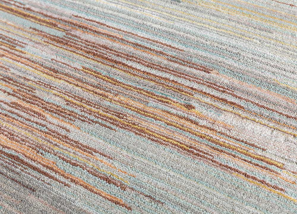 hidden by kavi ivory wool and bamboo silk hand knotted Rug - CloseUp