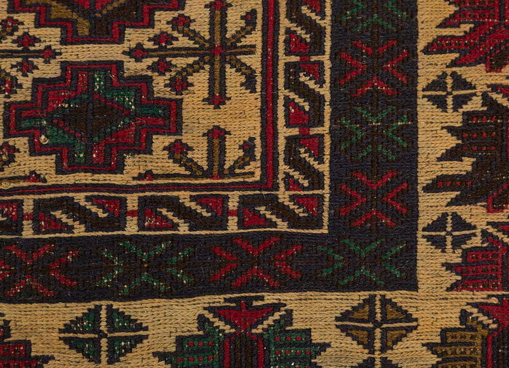 vintage gold wool hand knotted Rug - CloseUp