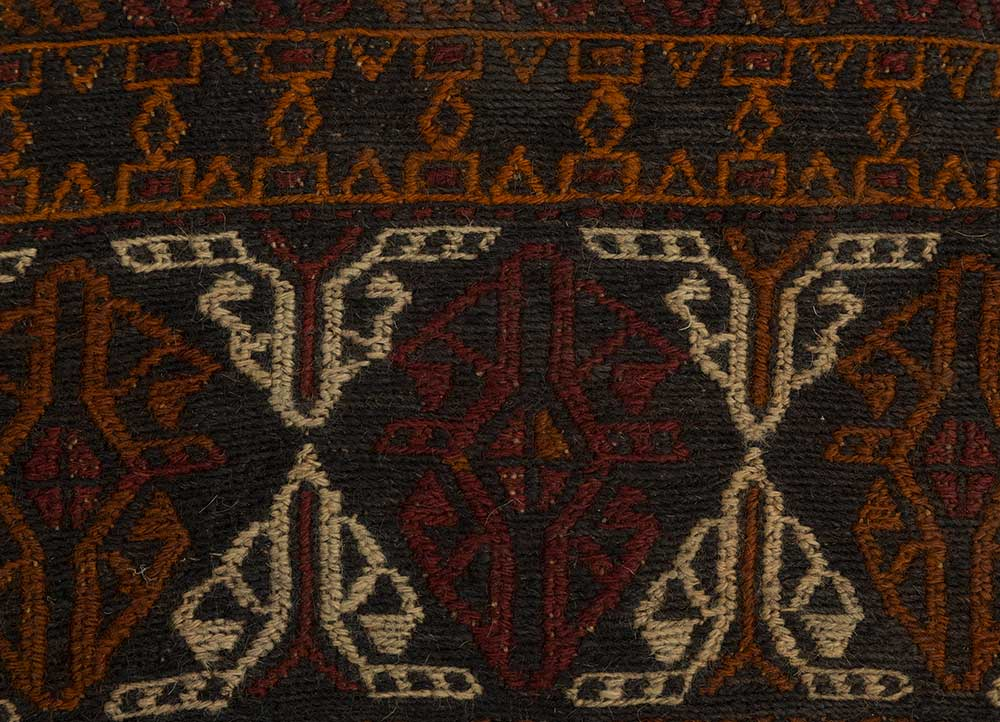 vintage grey and black wool hand knotted Rug - CloseUp
