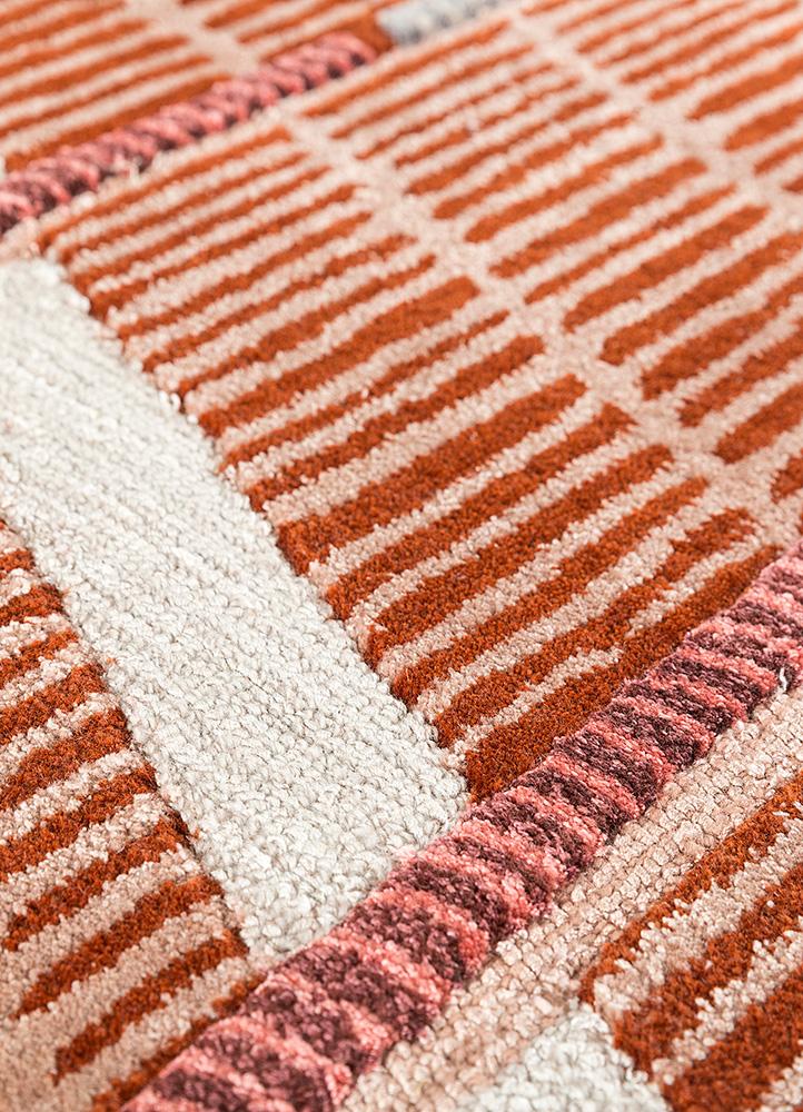 jaipur wunderkammer red and orange wool hand tufted Rug - CloseUp