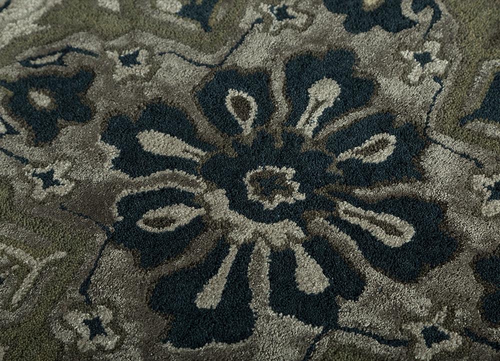 kilan grey and black wool and viscose hand tufted Rug - CloseUp