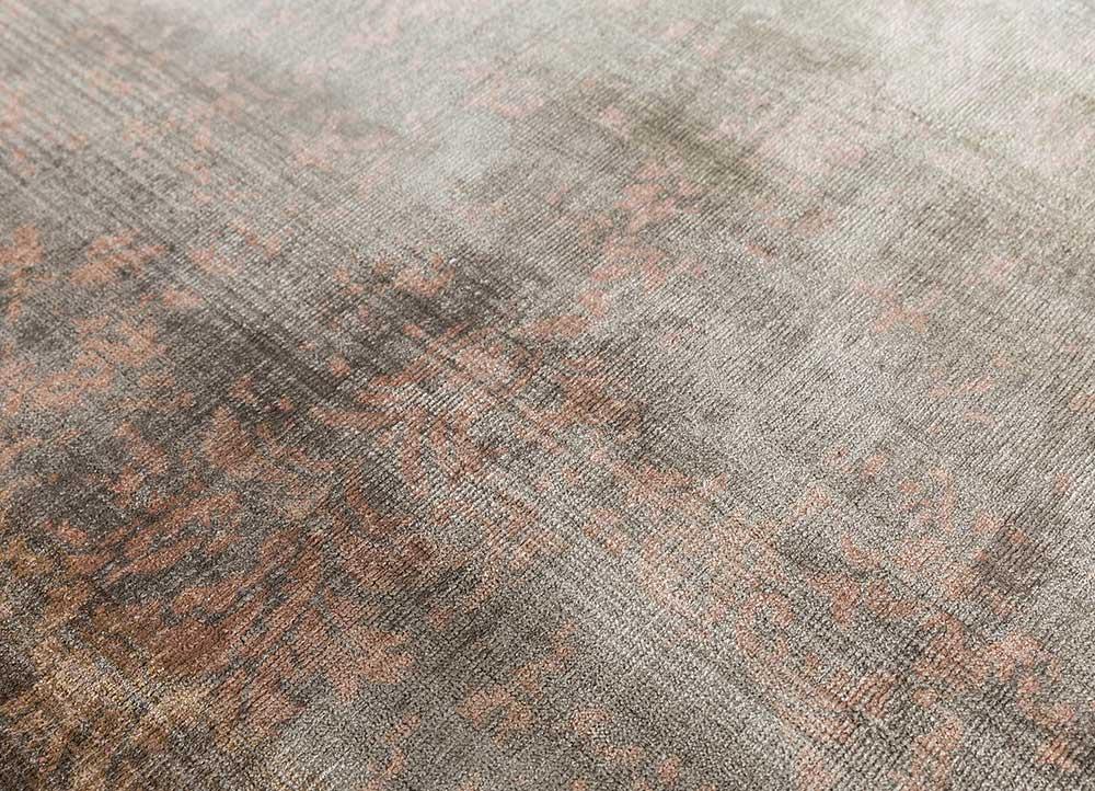 oxford beige and brown viscose hand loom Rug - CloseUp