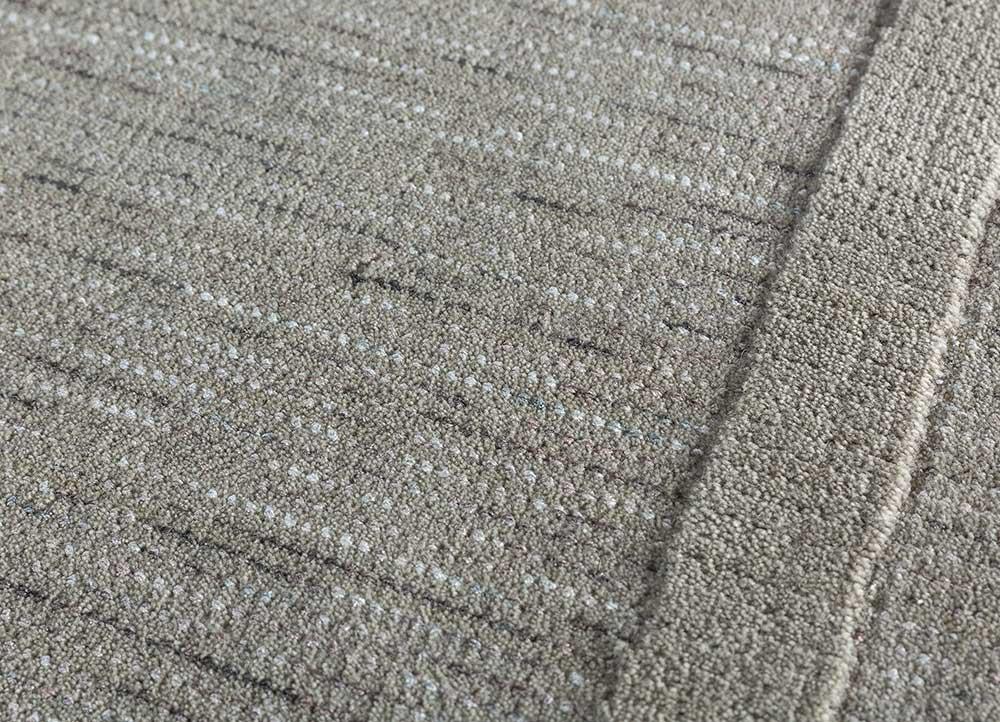 tesoro grey and black wool and viscose hand loom Rug - CloseUp