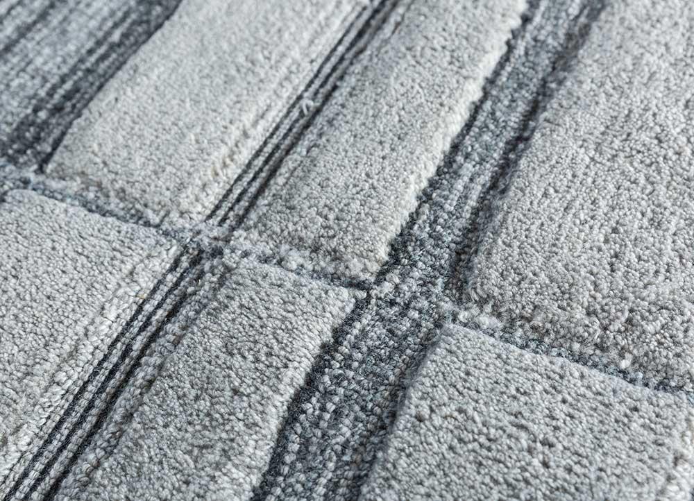 transcend blue polyester hand tufted Rug - CloseUp