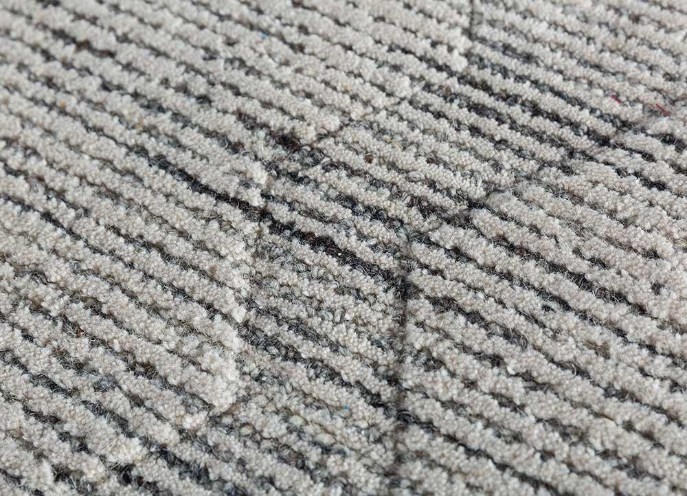 contour ivory wool hand tufted Rug - CloseUp
