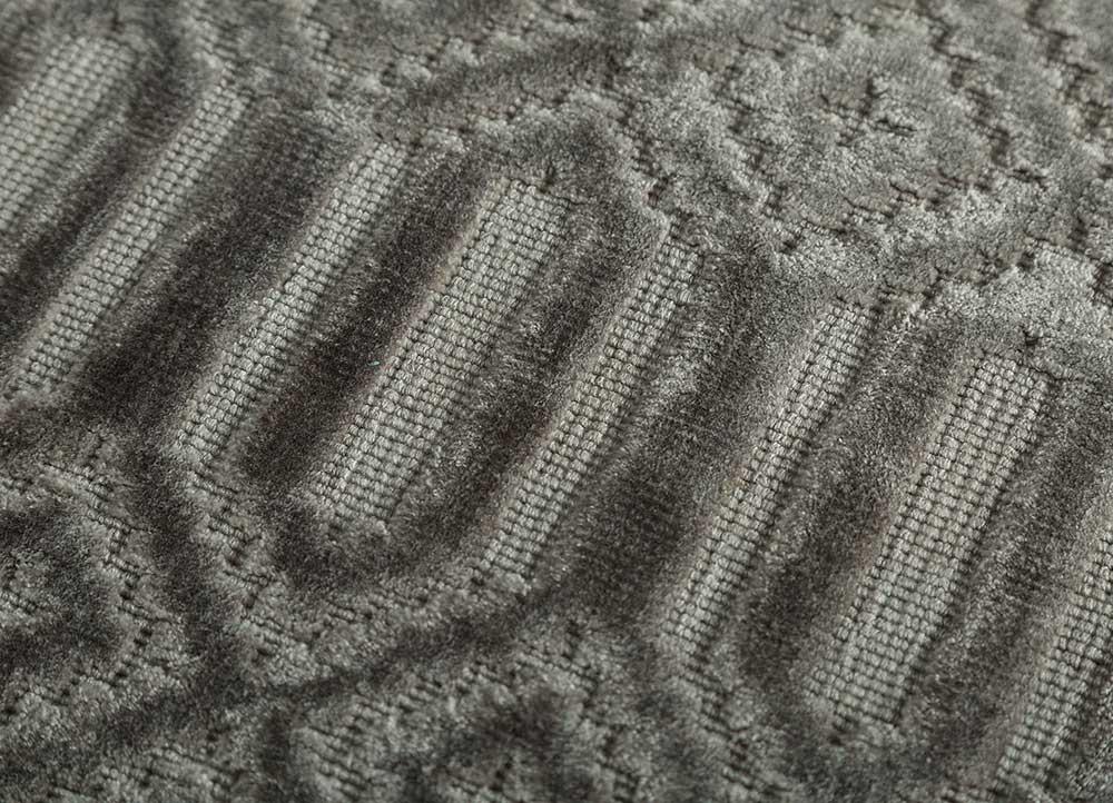 oxford grey and black viscose hand loom Rug - CloseUp