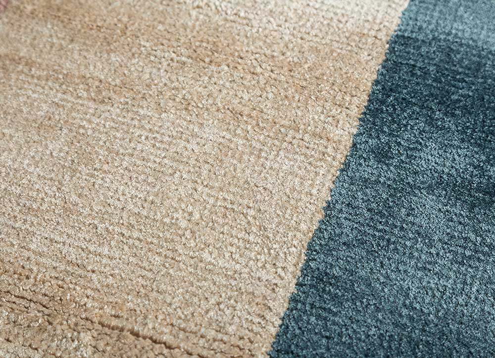 cleo blue bamboo silk hand knotted Rug - CloseUp