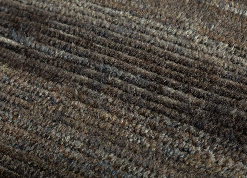 legion grey and black wool hand knotted Rug - CloseUp