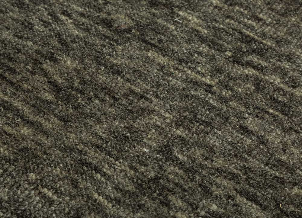 zuri blue wool hand knotted Rug - CloseUp