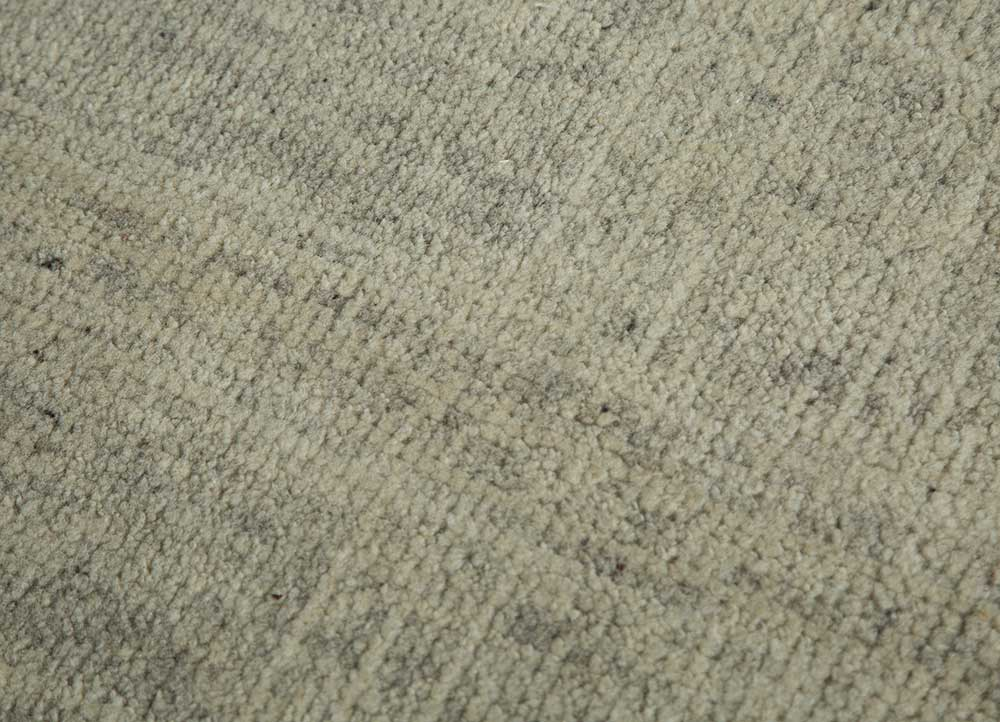legion ivory wool hand knotted Rug - CloseUp