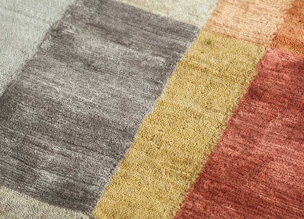 aakar by kavi grey and black wool and viscose hand knotted Rug - CloseUp