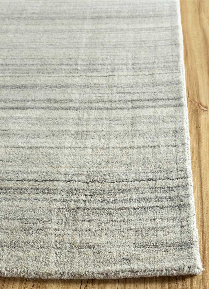 tesoro grey and black wool and viscose hand loom Rug - Corner