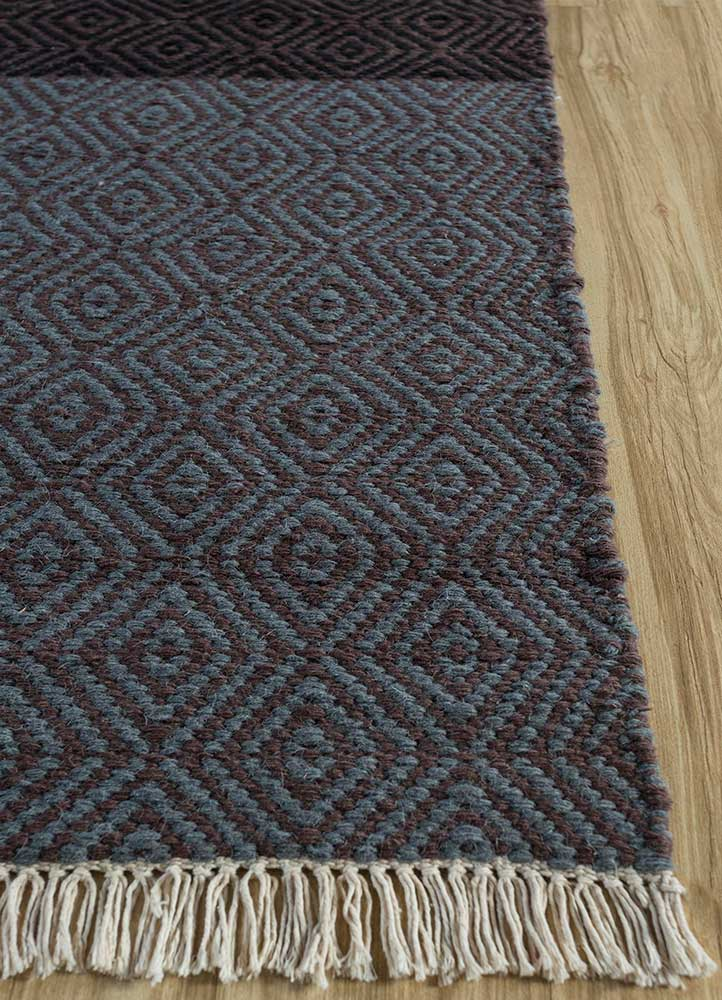 indusbar multi wool flat weaves Rug - Corner